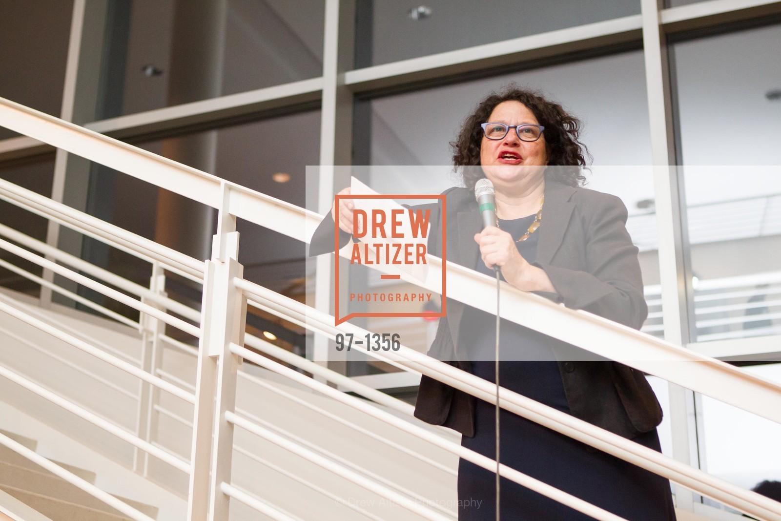 Betti-Sue Hertz, Photo #97-1356
