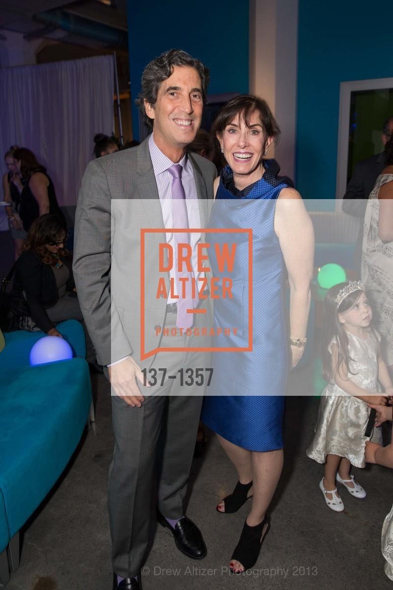 Andrew Barnett, Jill Barnett, Photo #137-1357