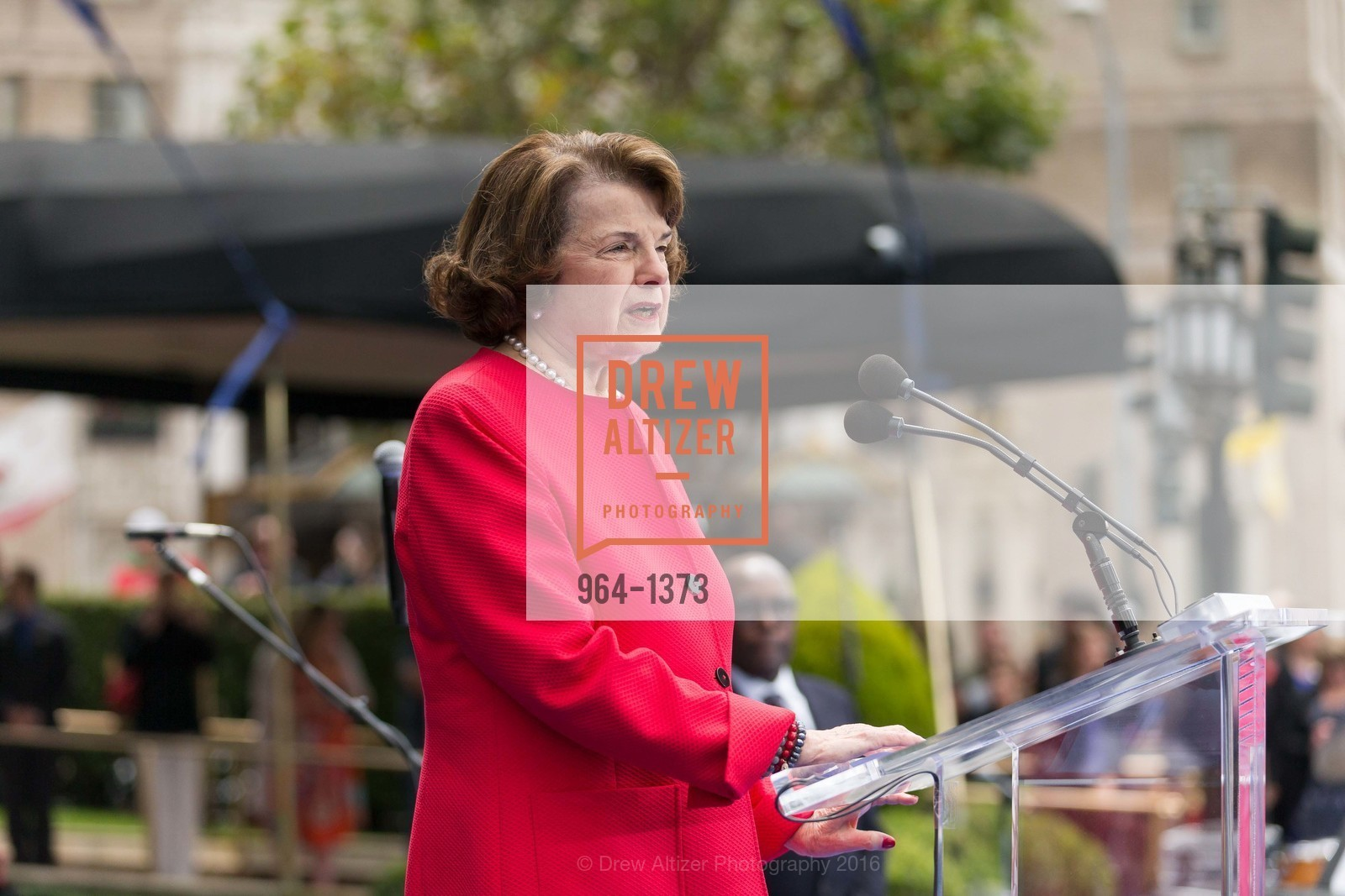 Dianne Feinstein, Photo #964-1373