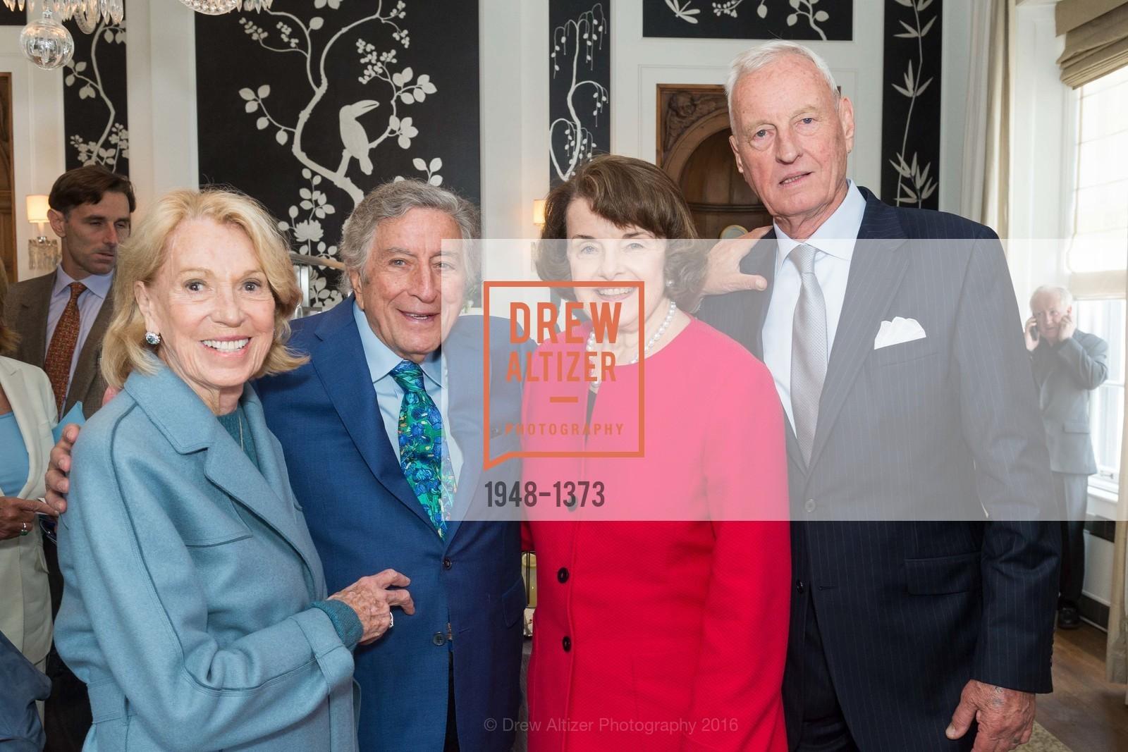 Charlotte Shultz, Tony Bennett, Dianne Feinstein, Photo #1948-1373