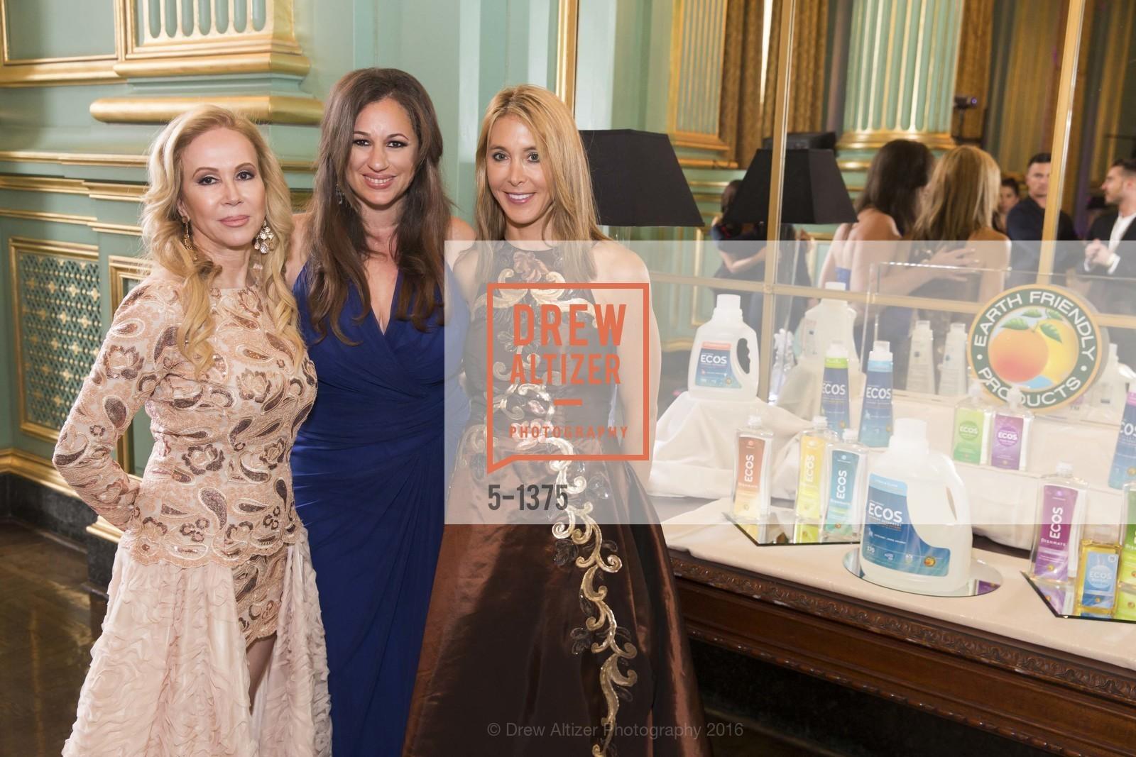 Sophie Azouaou, Kelley Vlahakis-Hanks, Eileen Blum-Bourgade, Photo #5-1375