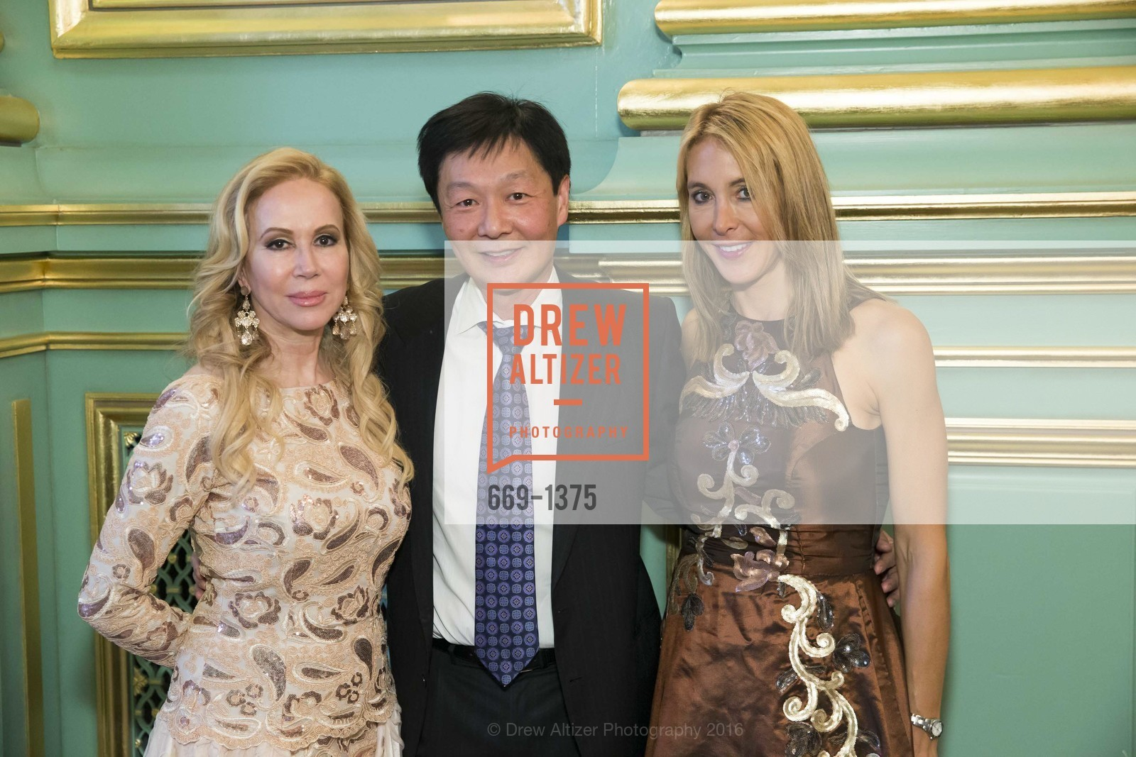 Sophie Azouaou, Albert Chow, Eileen Blum-Bourgade, Photo #669-1375