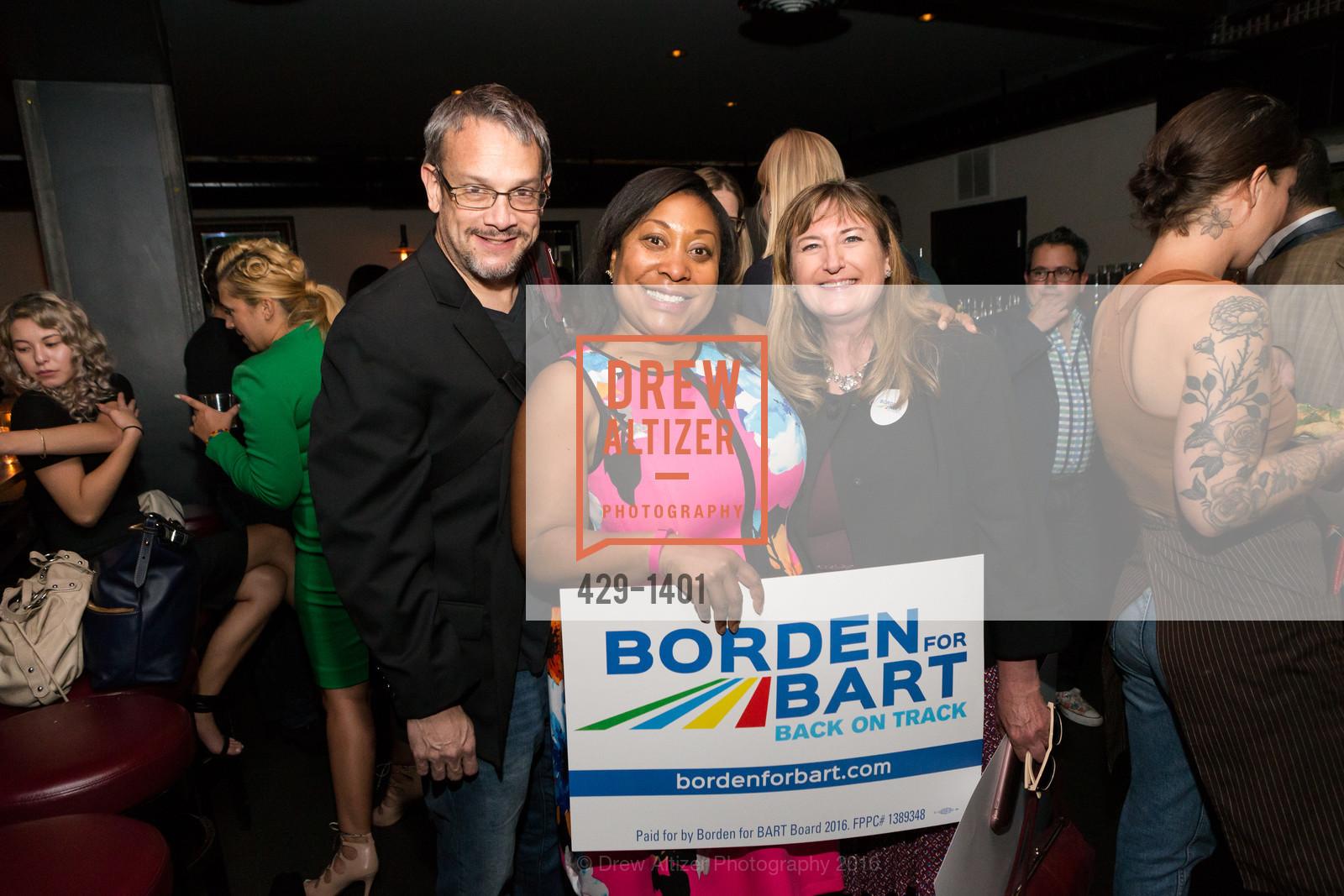 Gwyneth Borden, Leslie Milloy, Photo #429-1401