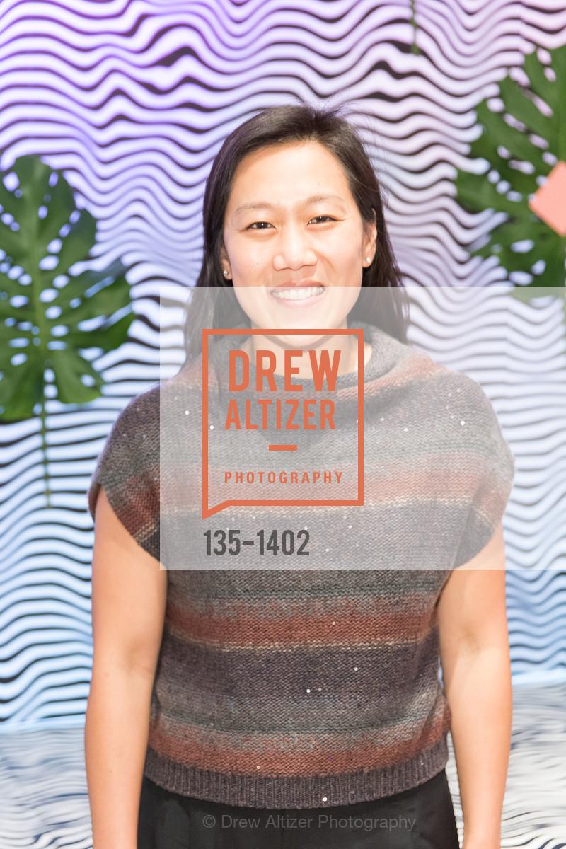 Priscilla Zuckerberg, Photo #135-1402