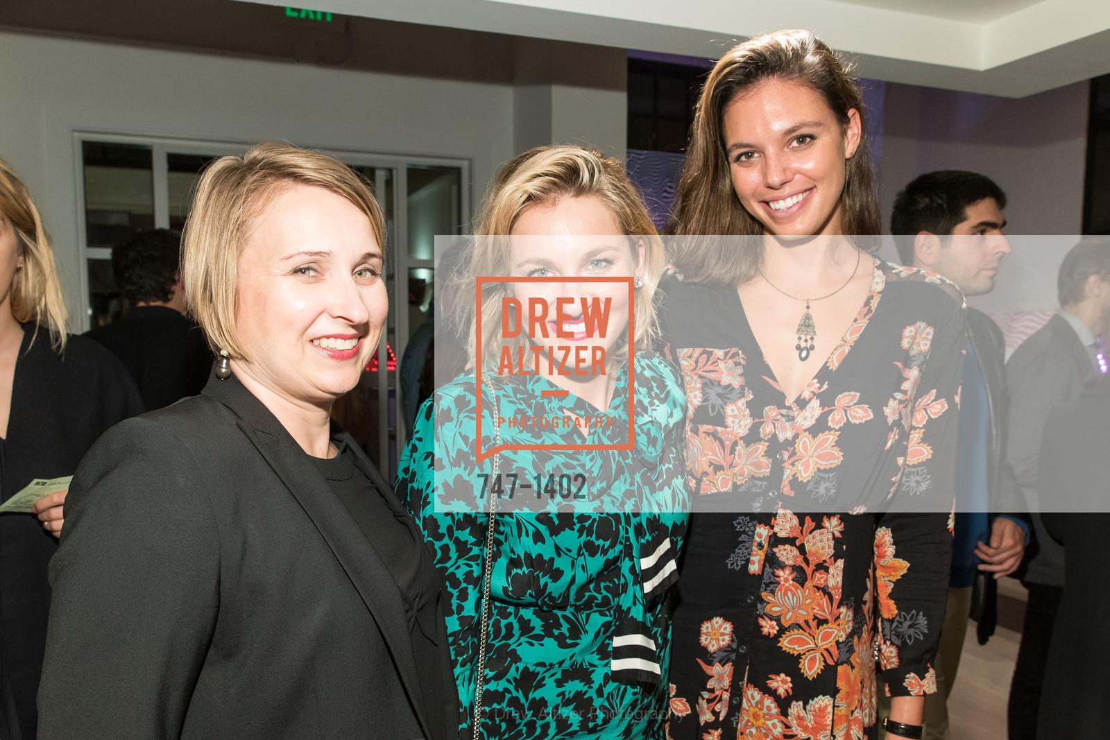 Maghan McDowell, Kristine Elbinger, Kristin Elvinger, Photo #747-1402