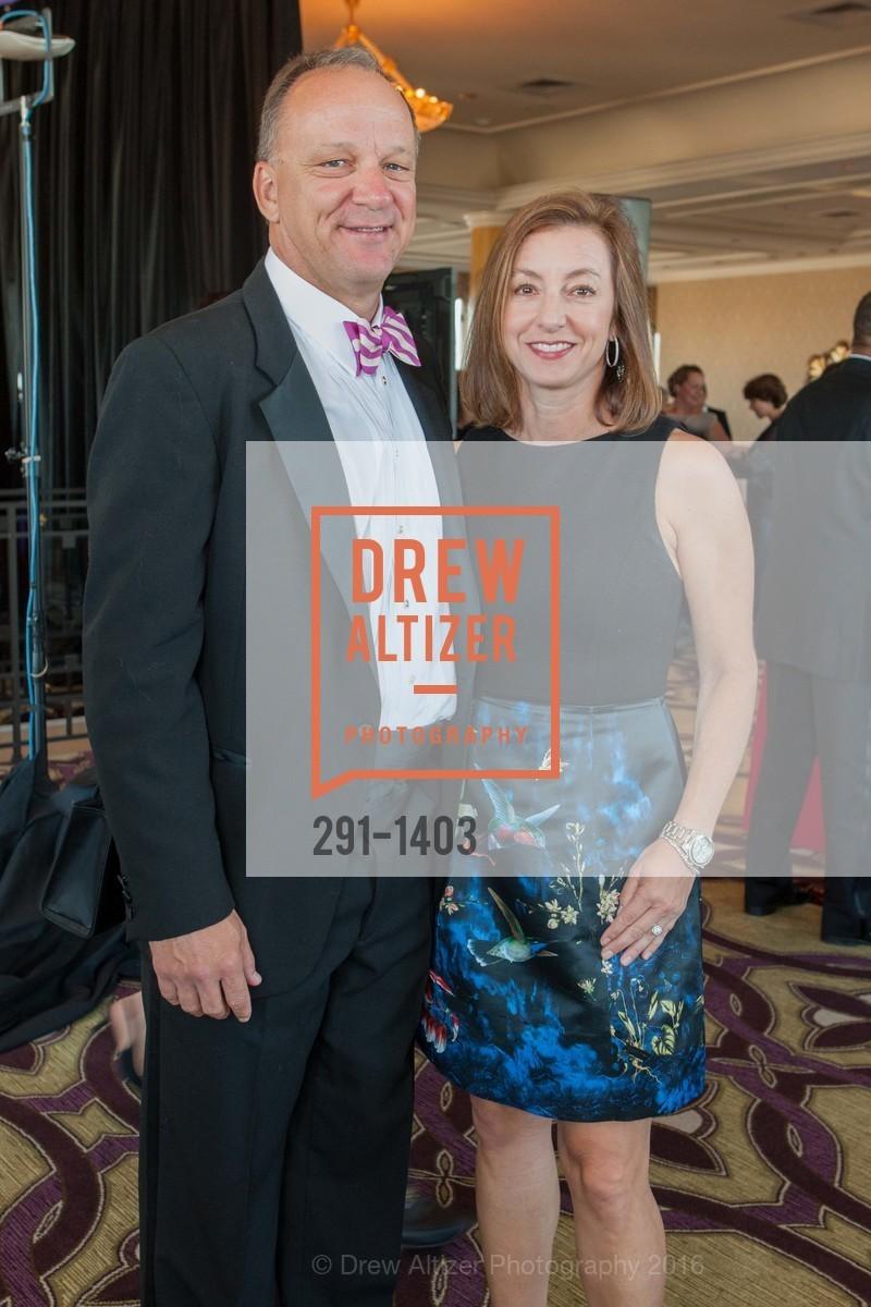 David Hultman, Carla Hultman, Photo #291-1403