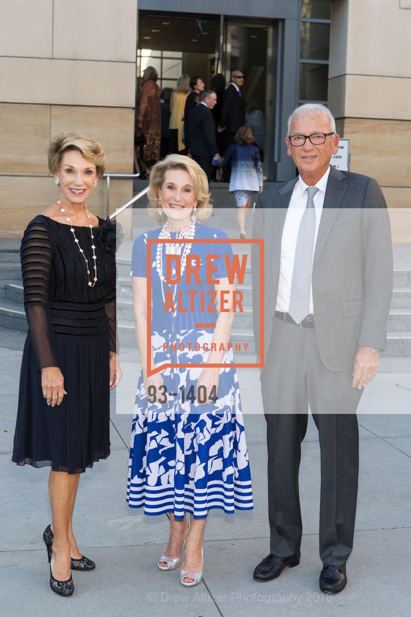 Carol Parker, Lorna Meyer Calas, Gerry Parker, Photo #93-1404