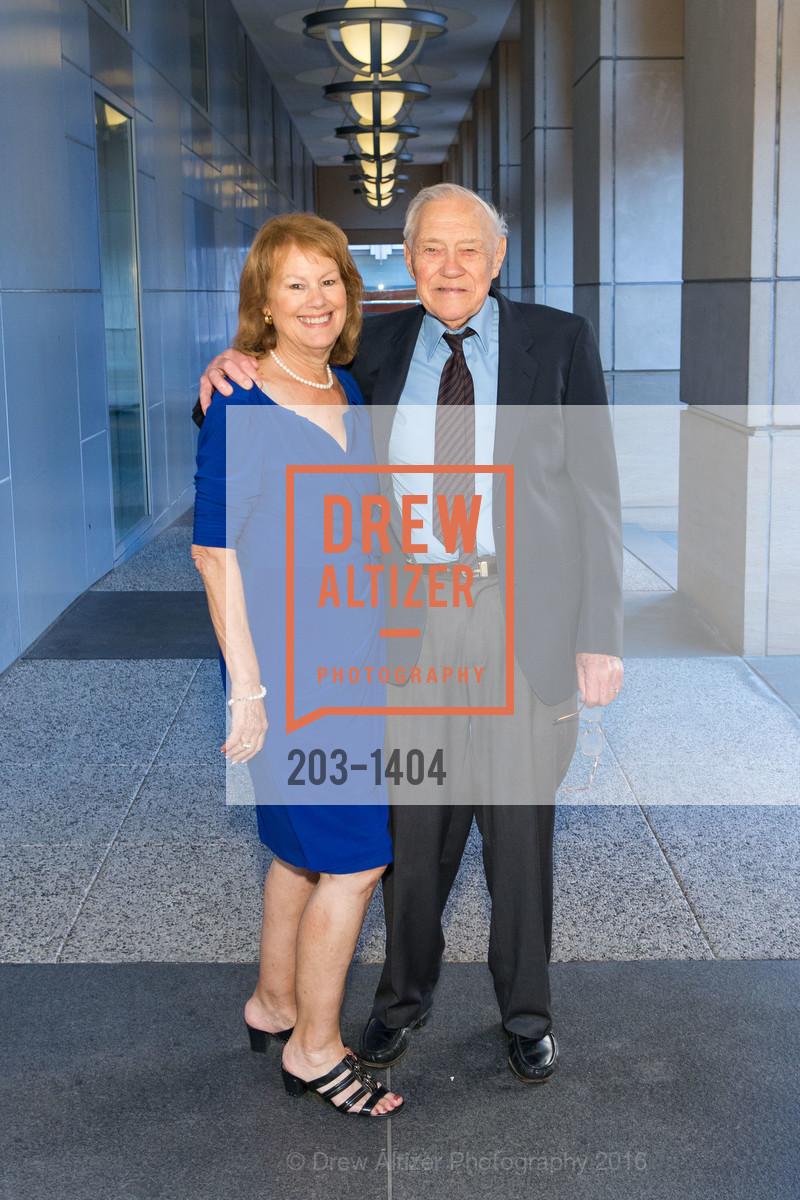 Mary Ann Barr, Ron Barr, Photo #203-1404