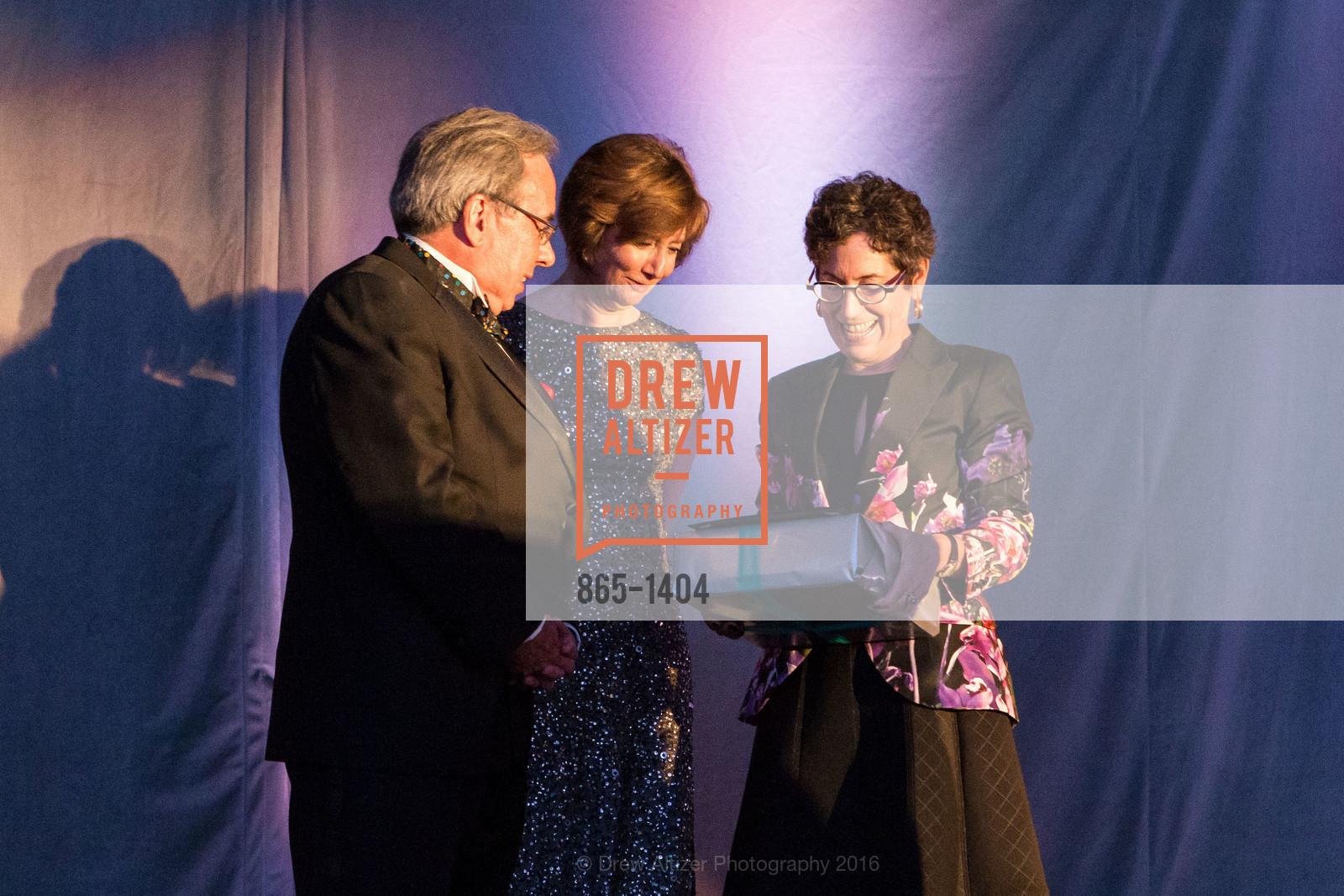 Mike Nevens, Yvonne Nevens, Susan Krane, Photo #865-1404