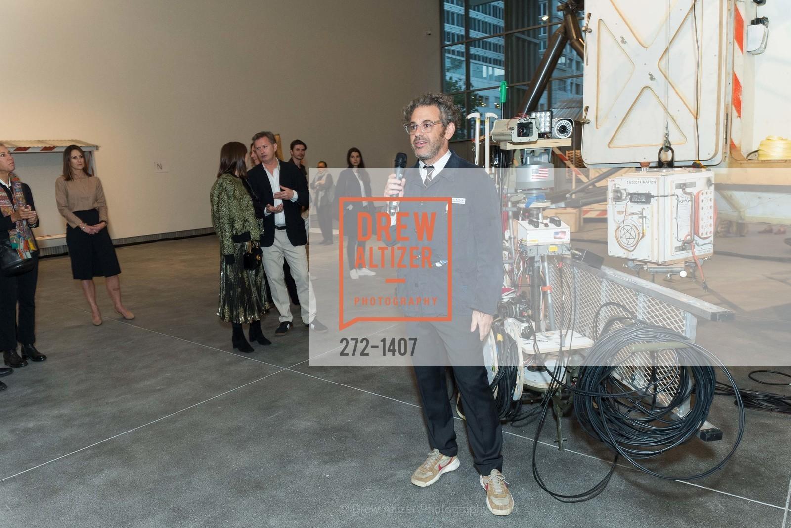 Tom Sachs, Photo #272-1407