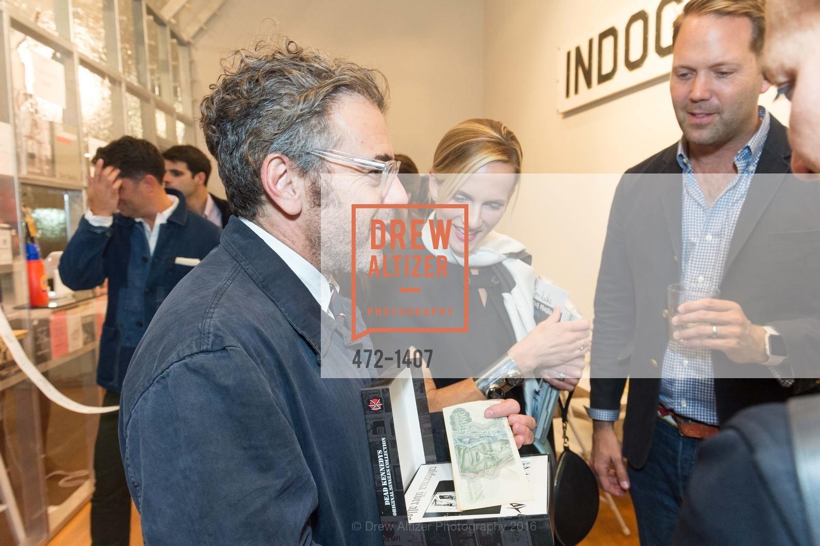 Tom Sachs, Elizabeth Dye, Alan Dye, Photo #472-1407