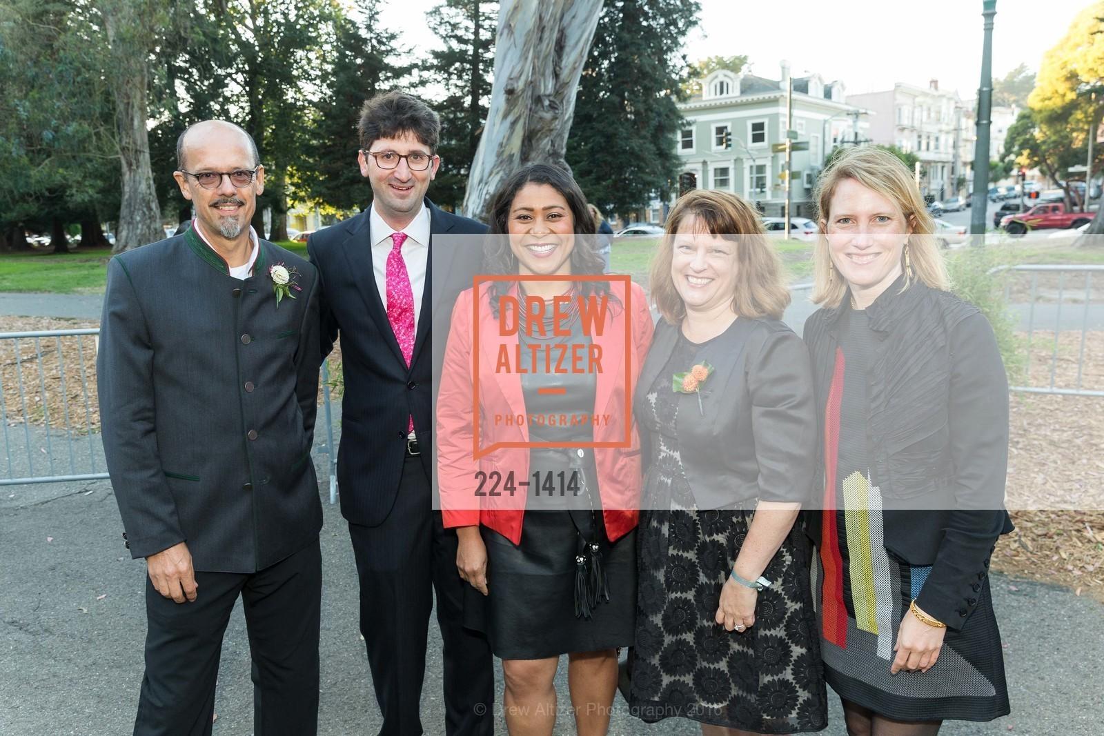 Tim Seufert, Christian Cebrian, London Breed, Rachel Norton, Amy Cebrian, Photo #224-1414