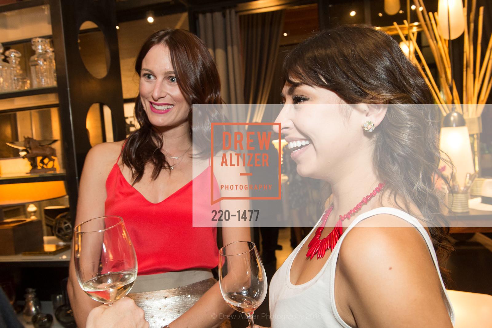 Emilie Munroe, Gabriela Marmolejo, Photo #220-1477
