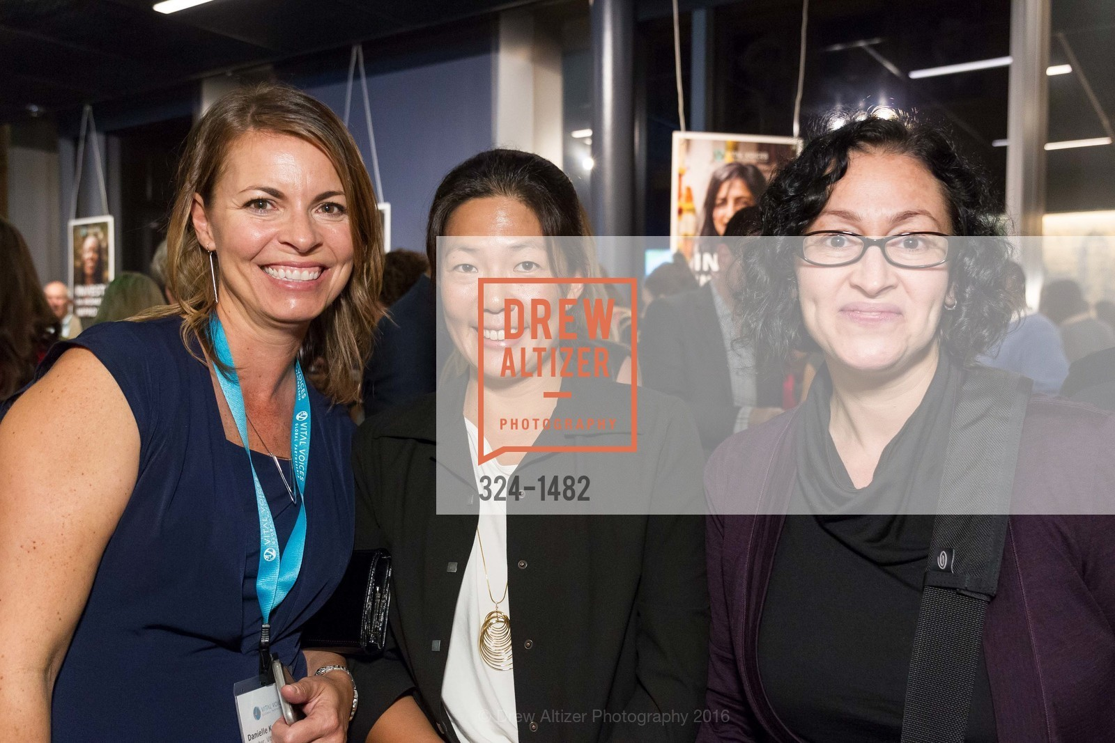 Danielle Kraaijvanger, Jane Pak, Lena Lenberg, Photo #324-1482