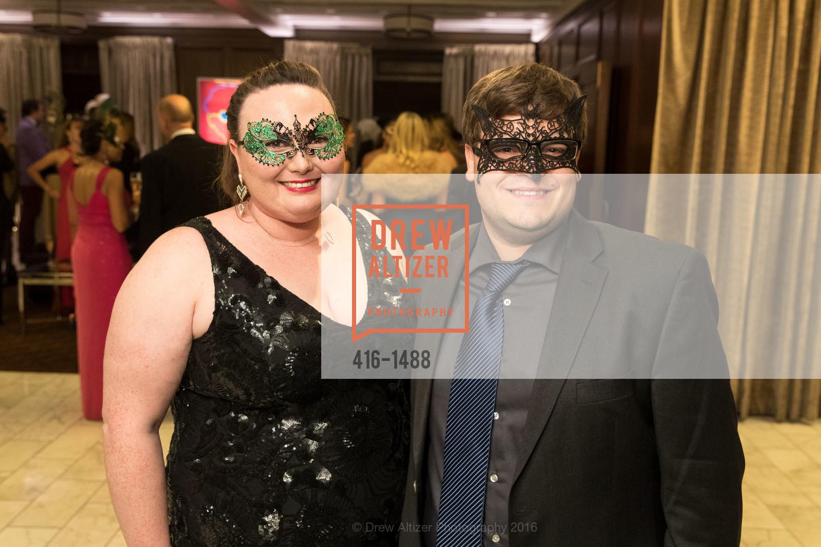 Erin Badillo, Jonathan Fearn, Photo #416-1488
