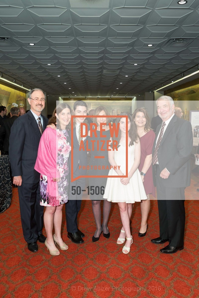 Craig Etlin, Leslie Gordon, Asher Etlin, Shiela Gordon, Emmy Etlin, Amy Gordon, Alan Gordon, Photo #50-1506