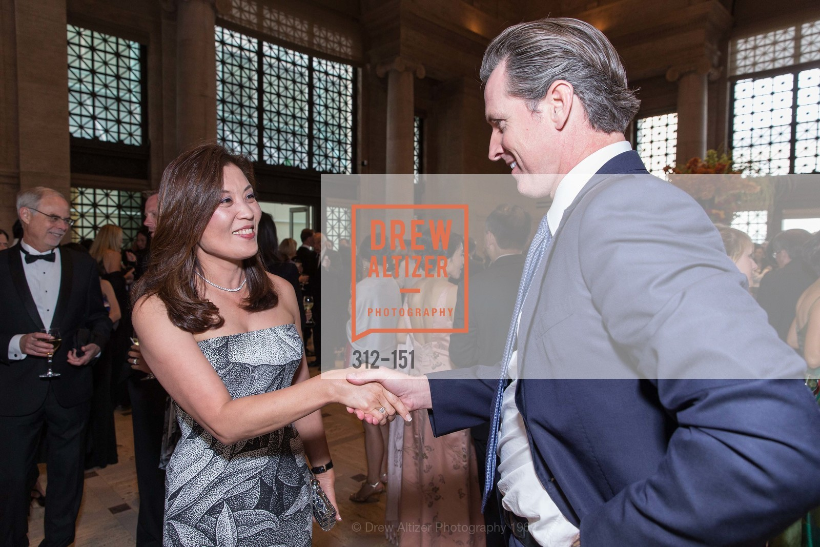 Sung Jin Ingriselli, Gavin Newsom, Asian Art Museum 28 Chinese Opening Night Gala, Asian Art Museum. 200 Larkin St, June 2nd, 2015,Drew Altizer, Drew Altizer Photography, full-service agency, private events, San Francisco photographer, photographer california