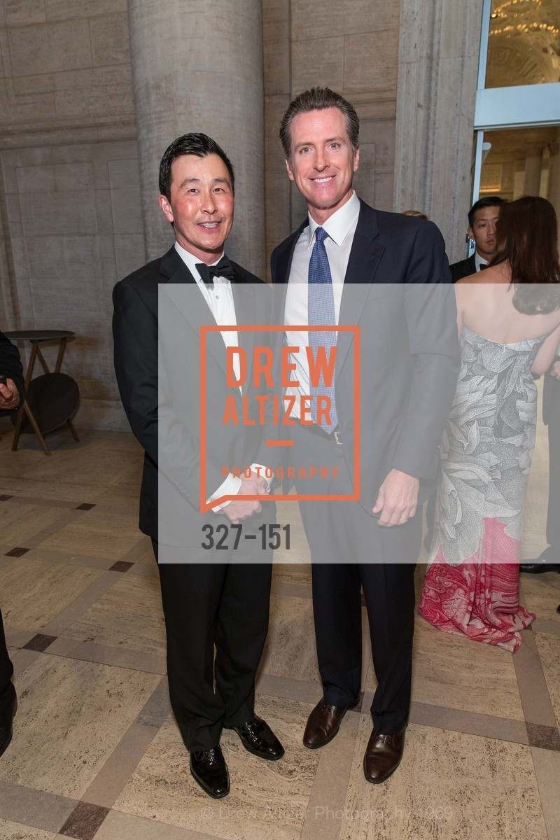 John Mah, Gavin Newsom, Asian Art Museum 28 Chinese Opening Night Gala, Asian Art Museum. 200 Larkin St, June 2nd, 2015,Drew Altizer, Drew Altizer Photography, full-service agency, private events, San Francisco photographer, photographer california