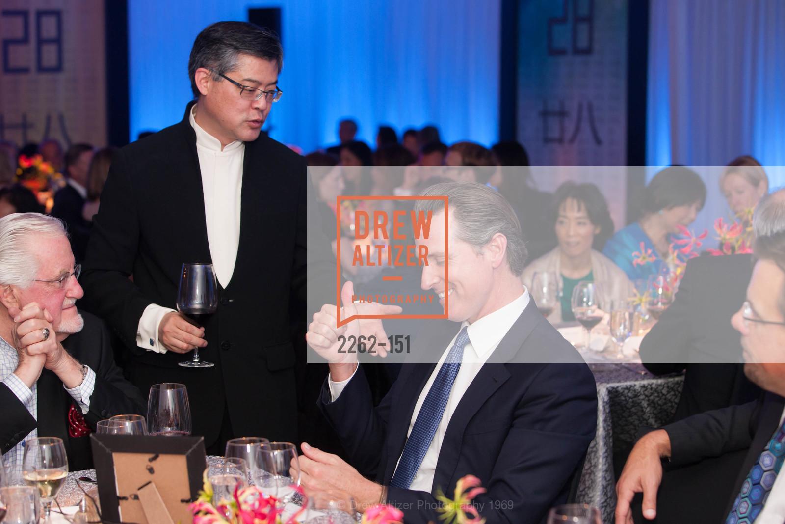 Jay Xu, Gavin Newsom, Asian Art Museum 28 Chinese Opening Night Gala, Asian Art Museum. 200 Larkin St, June 2nd, 2015,Drew Altizer, Drew Altizer Photography, full-service agency, private events, San Francisco photographer, photographer california
