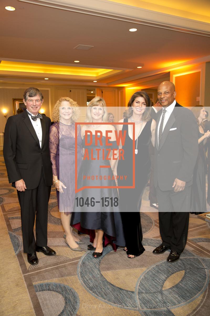 Tony Earley, Sara Earley, Marion McGovern, Karen Collmer Lott, Ronnie Lott, Photo #1046-1518
