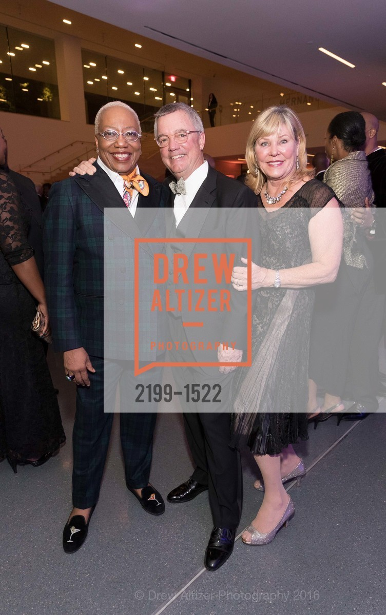 Linda Harrison, Wade Rose, Madeleine Rose, Photo #2199-1522