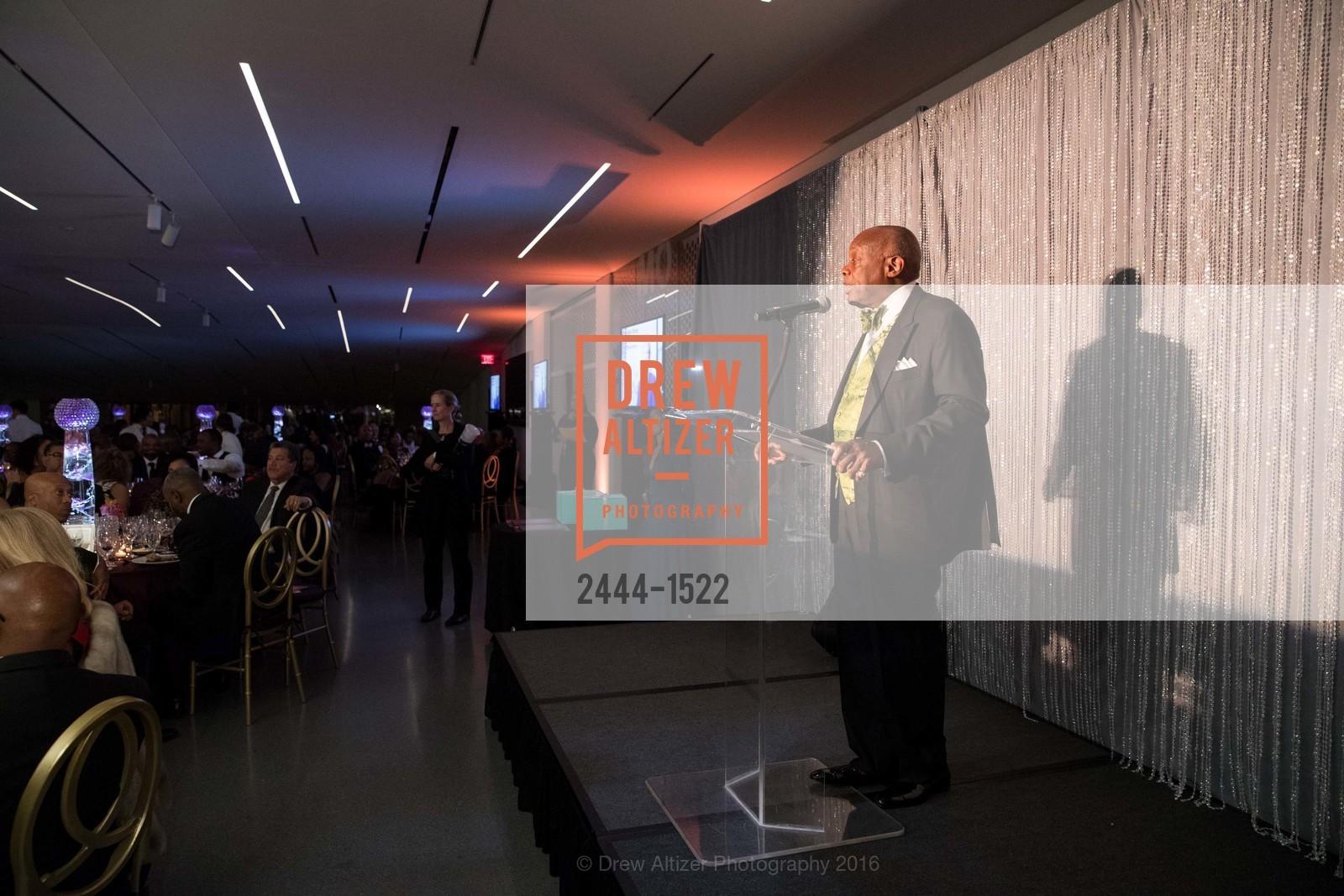 Willie Brown, Photo #2444-1522