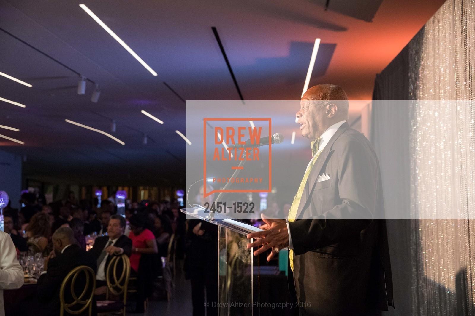 Willie Brown, Photo #2451-1522