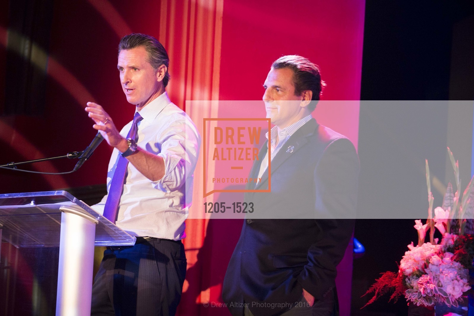 Gavin Newsom, Andrew Zenoff, Photo #1205-1523