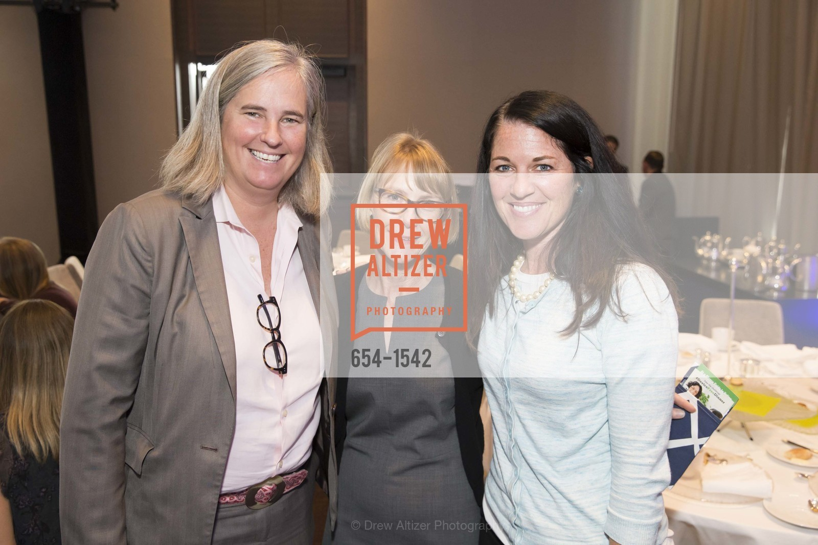 Michelle Williams, Maurine Halperin, Susan Deemer, Photo #654-1542