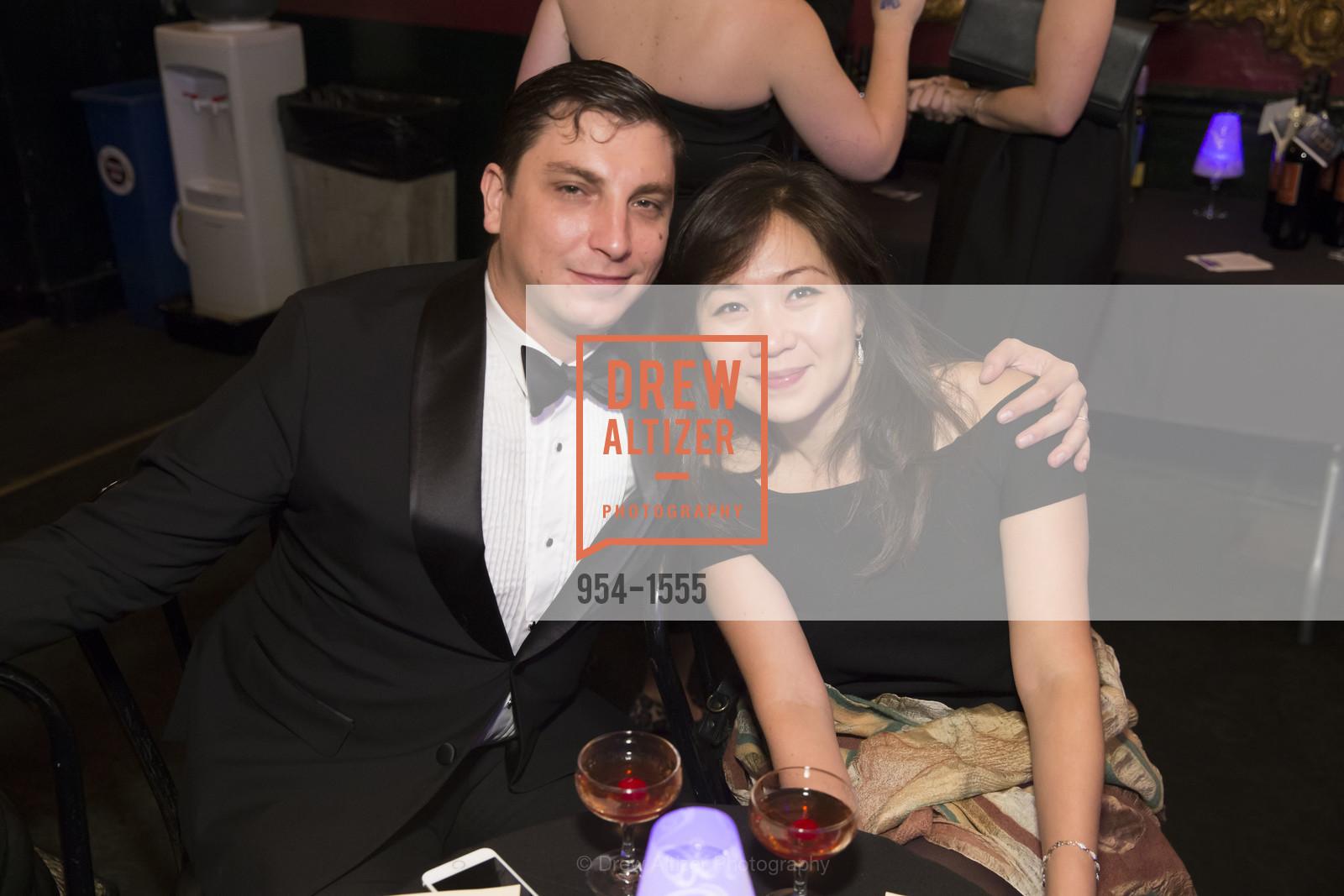 Justin Rapp, Aida Junusova Rapp, Photo #954-1555