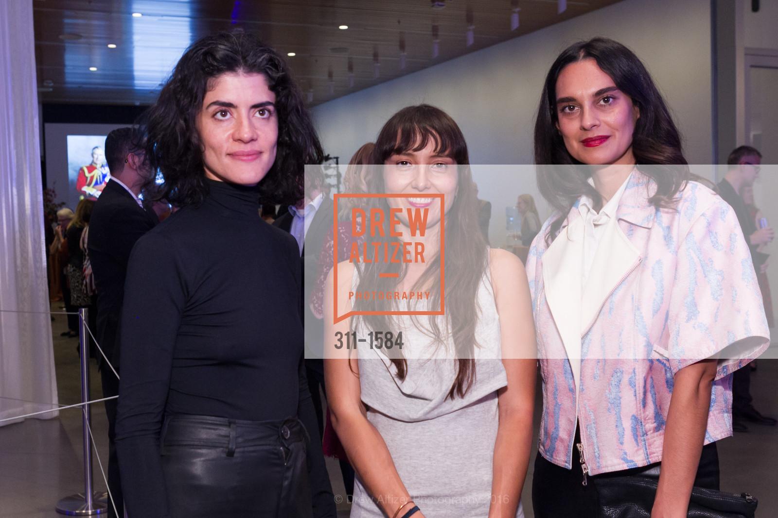 Pia Camil, Katherine Garcia, Sarvia Jasso, Photo #311-1584