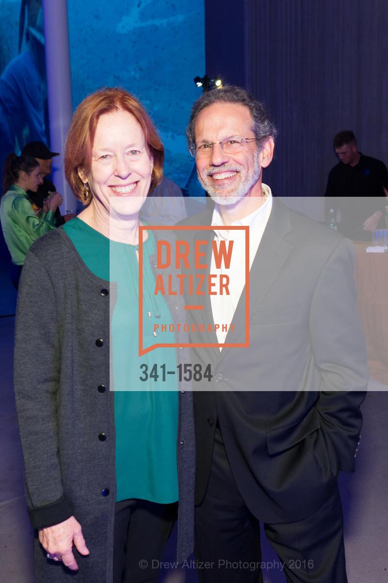 Jennifer Segar, Bob Segar, Photo #341-1584