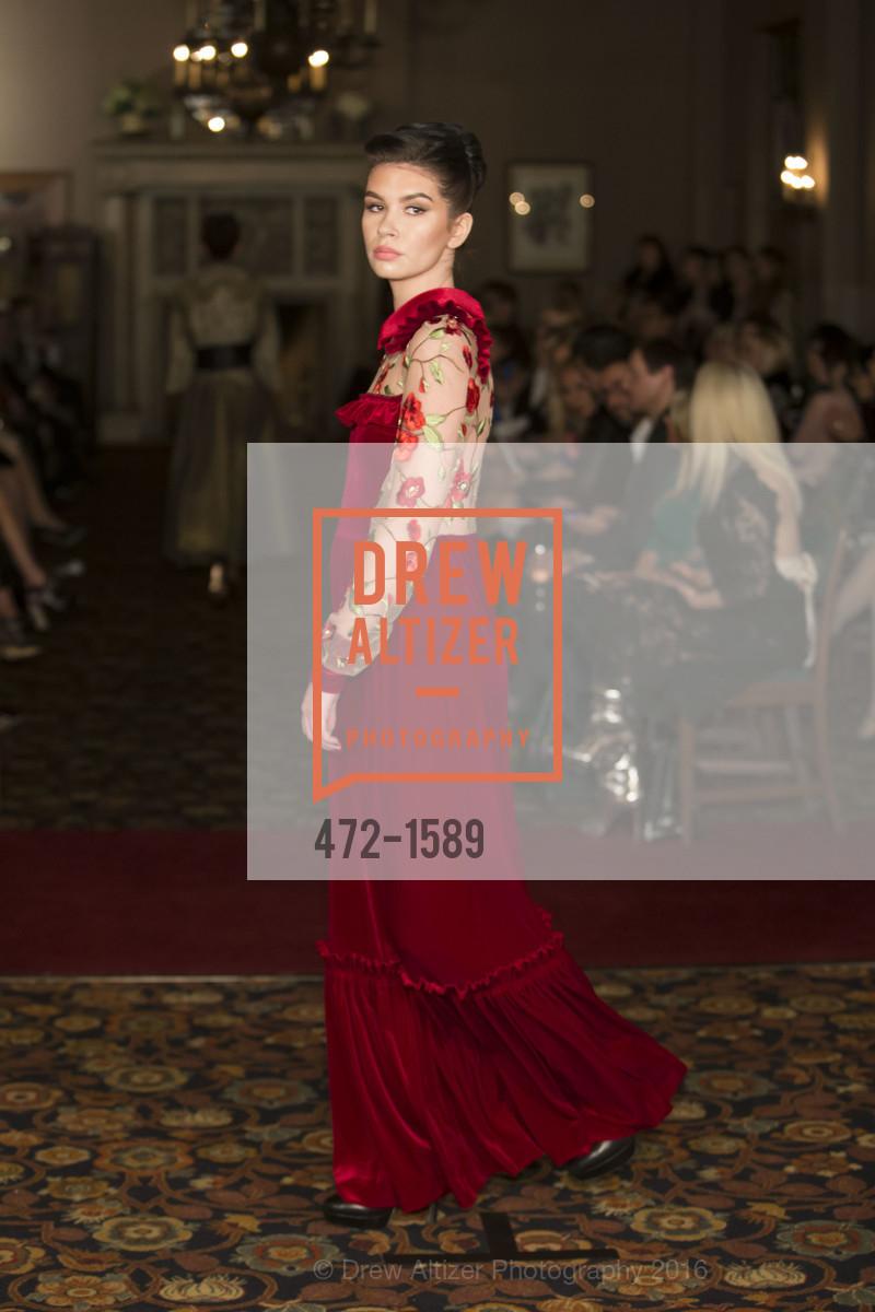 Fashion Show, Photo #472-1589