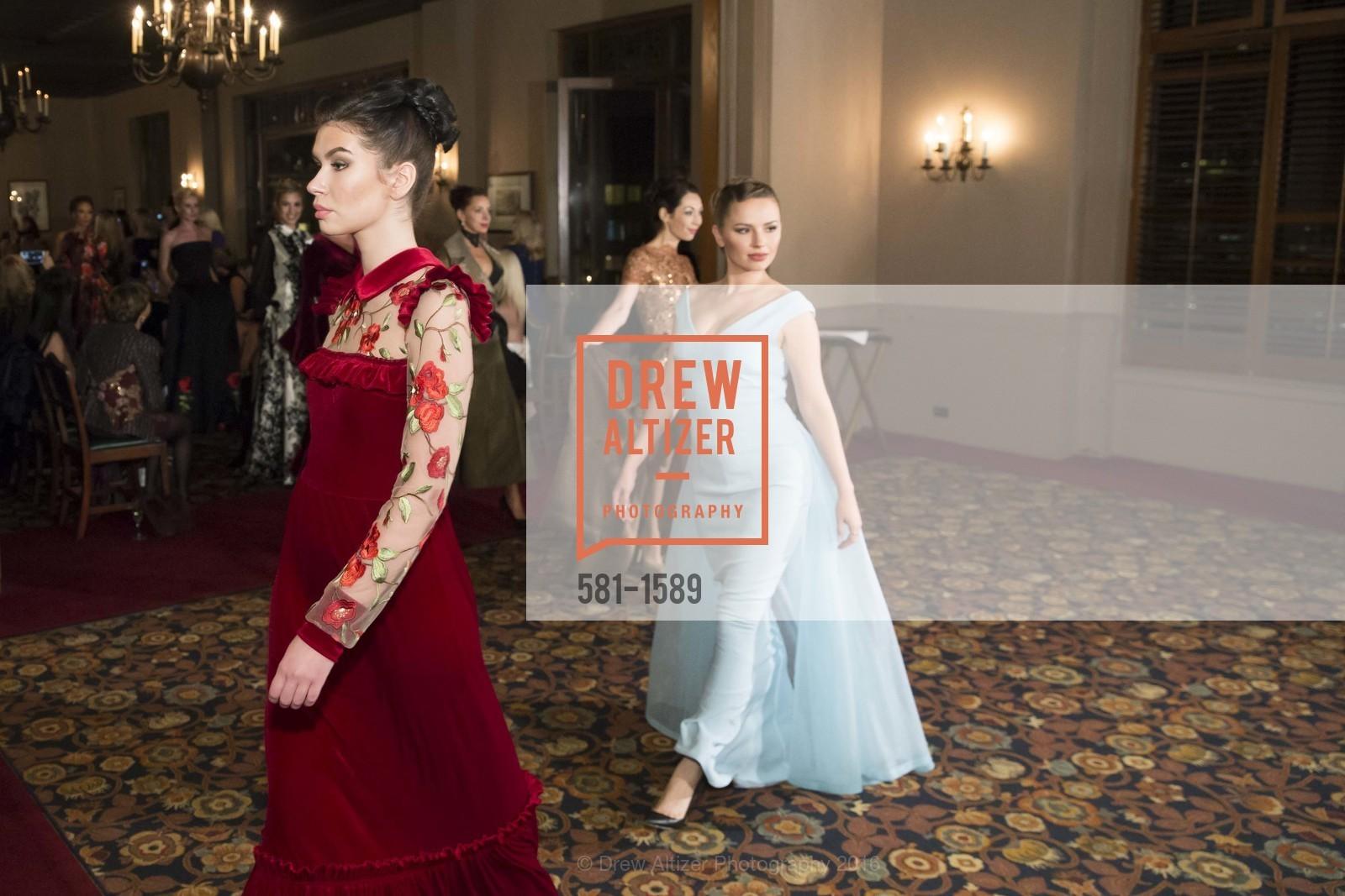 Fashion Show, Photo #581-1589