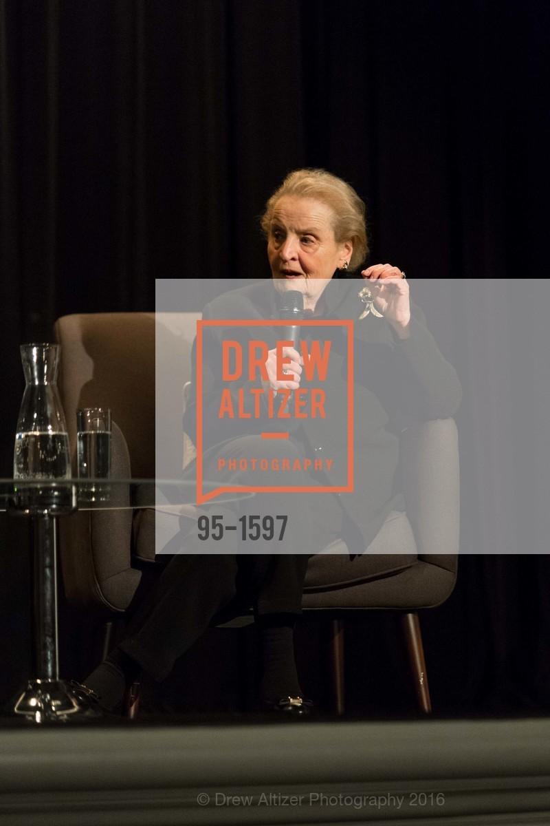 Madeleine Albright, Photo #95-1597