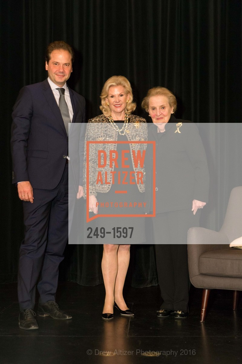 Max Hollein, Dede Wilsey, Madeleine Albright, Photo #249-1597
