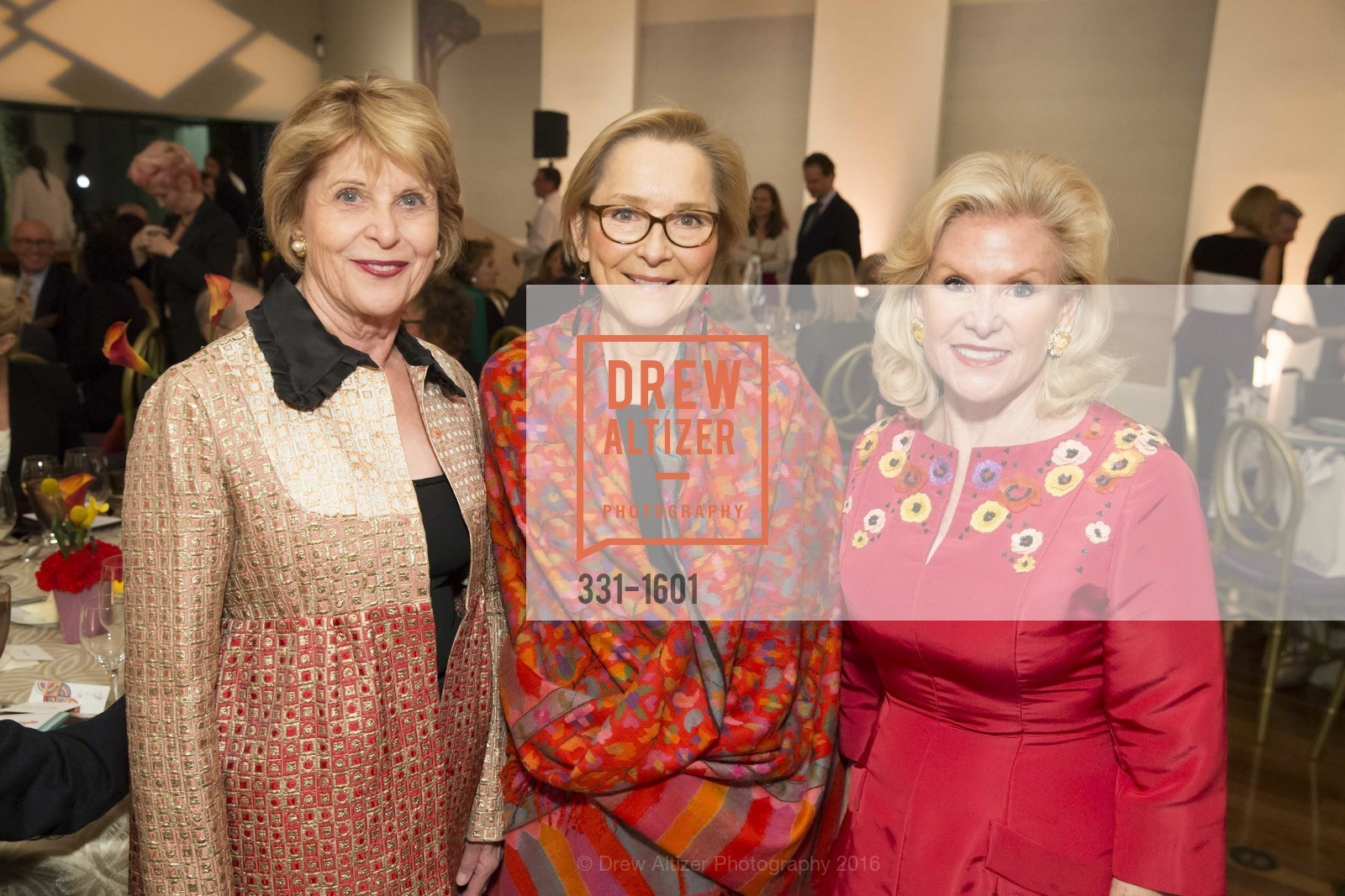 Dagmar Dolby, Ursula Hess, Dede Wilsey, Dinner with Frank Stella at the de Young, de Young Museum. 2525 Van Ness St, November 16th, 2016