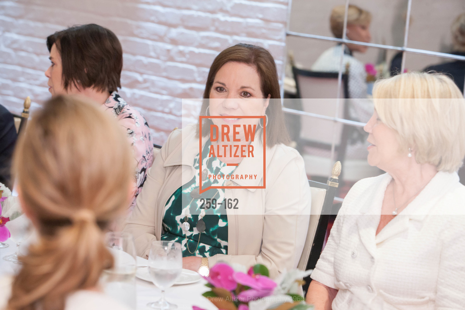 Kim Swig, National Museum of Women in the Arts Luncheon Hosted by Lorna Meyer Calas, Villa Taverna. 27 Hotaling Place, June 14th, 2015,Drew Altizer, Drew Altizer Photography, full-service agency, private events, San Francisco photographer, photographer california