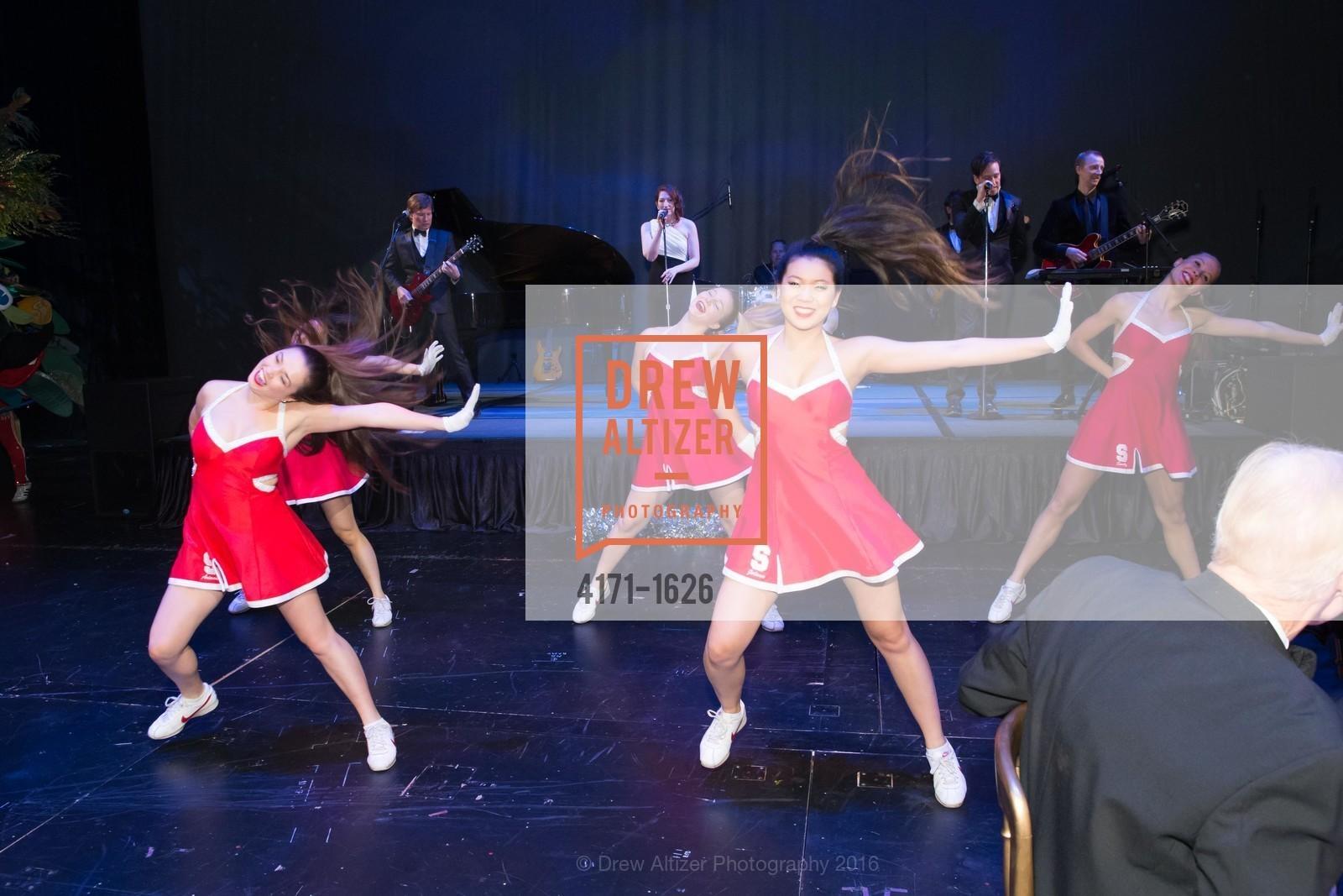 Performance, Photo #4171-1626