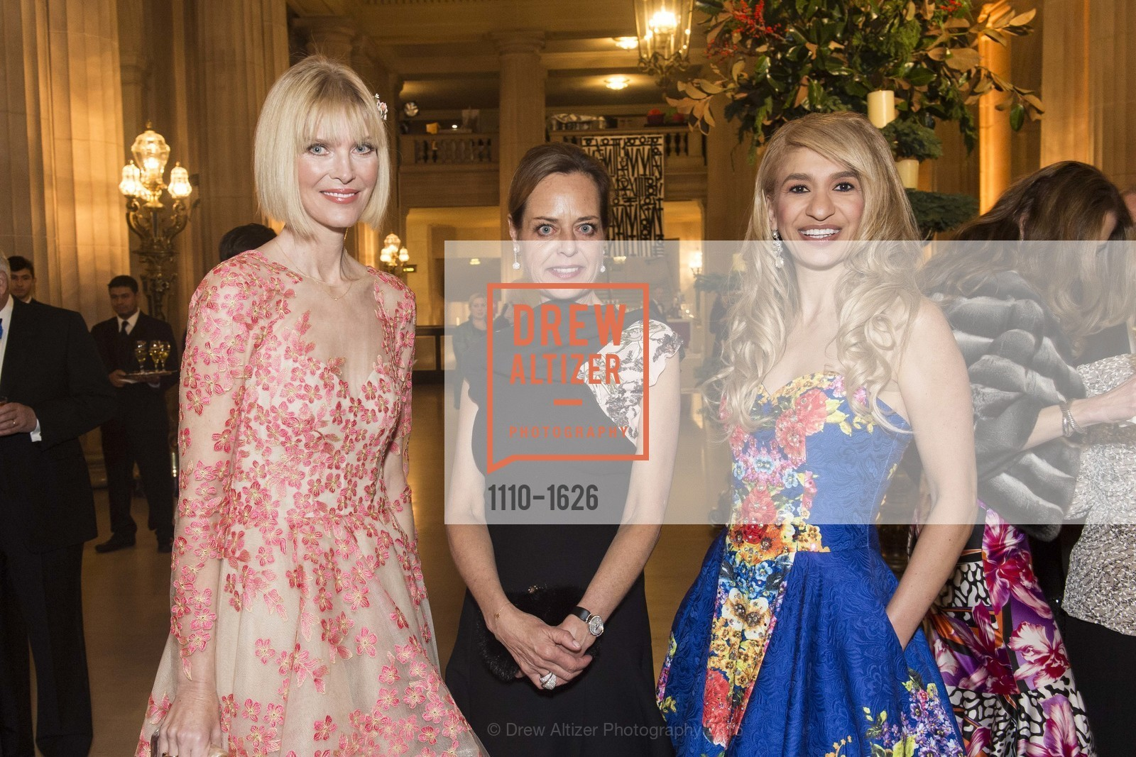 Karen Richardson, Charlot Malin, Navid Armstrong, Photo #1110-1626