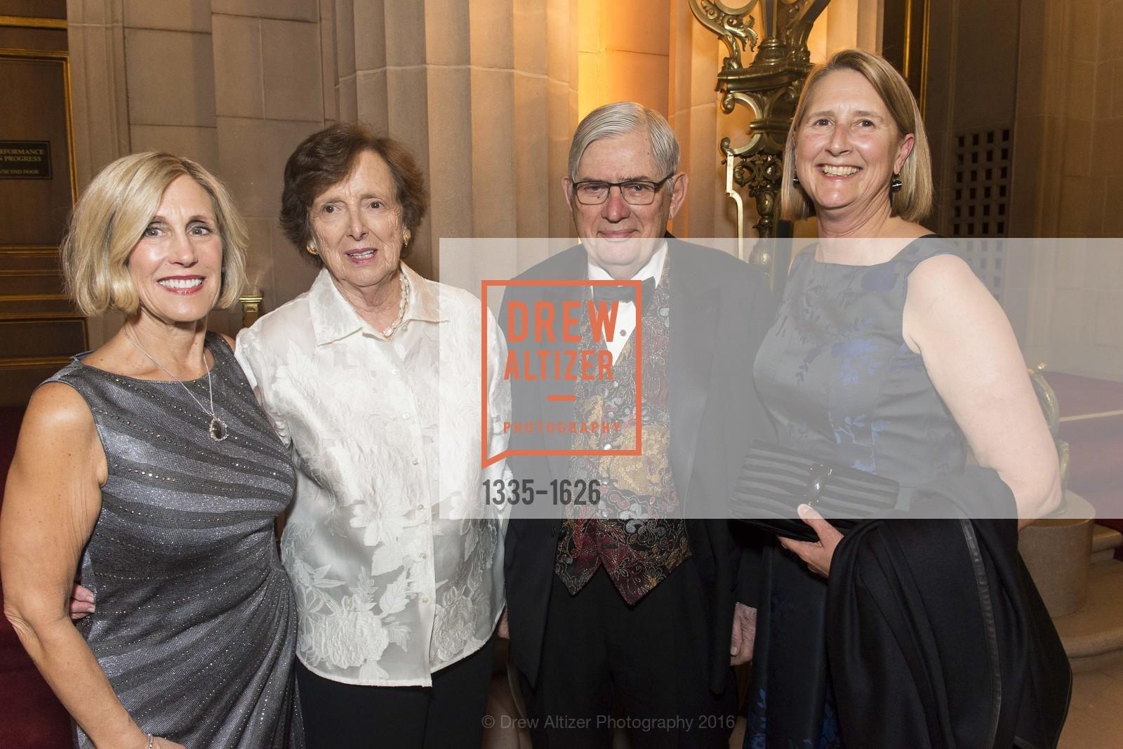 Kathy Huber, Ann Paras, Jim Paras, Priscilla Geeslin, Photo #1335-1626