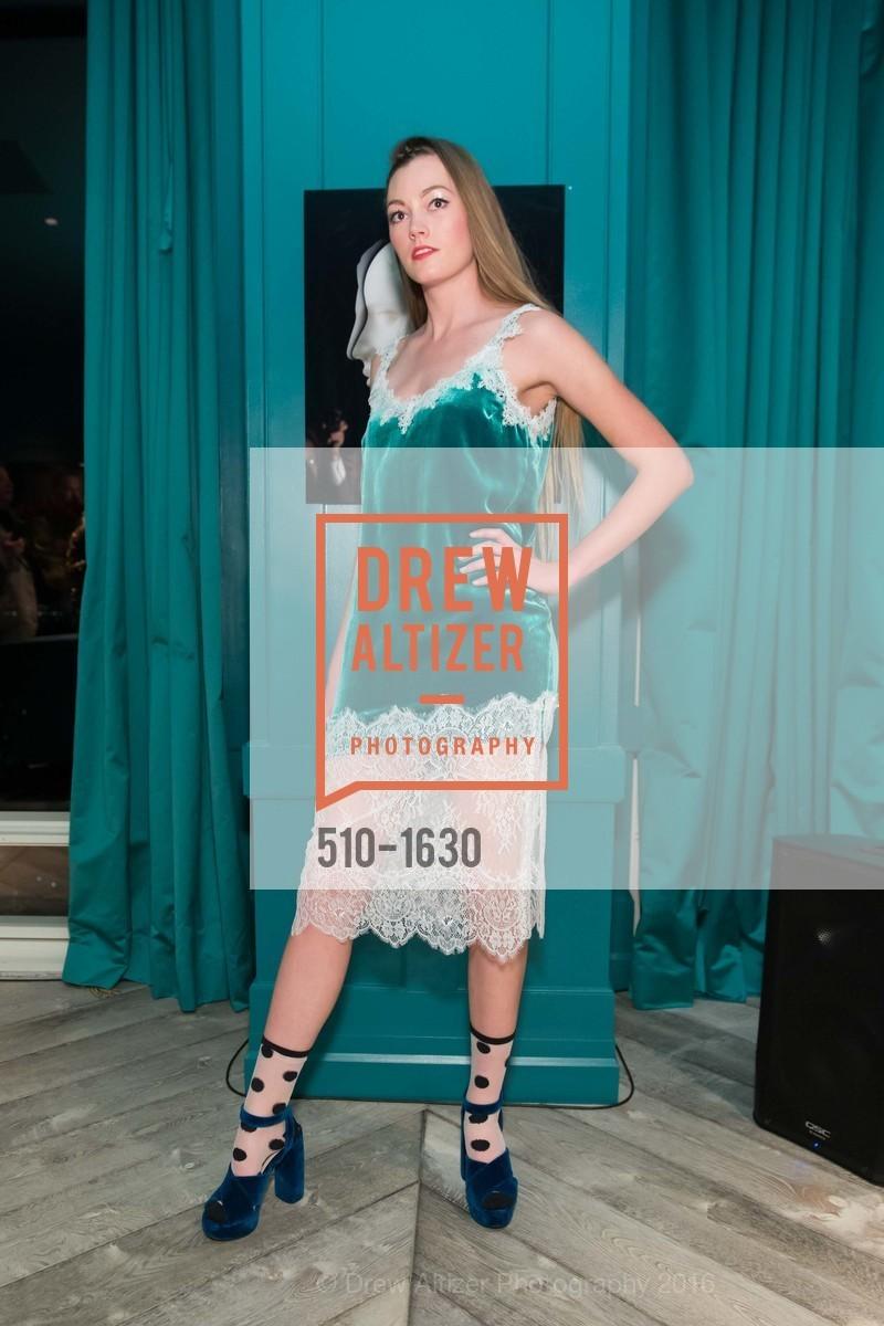 Fashion Show, Photo #510-1630