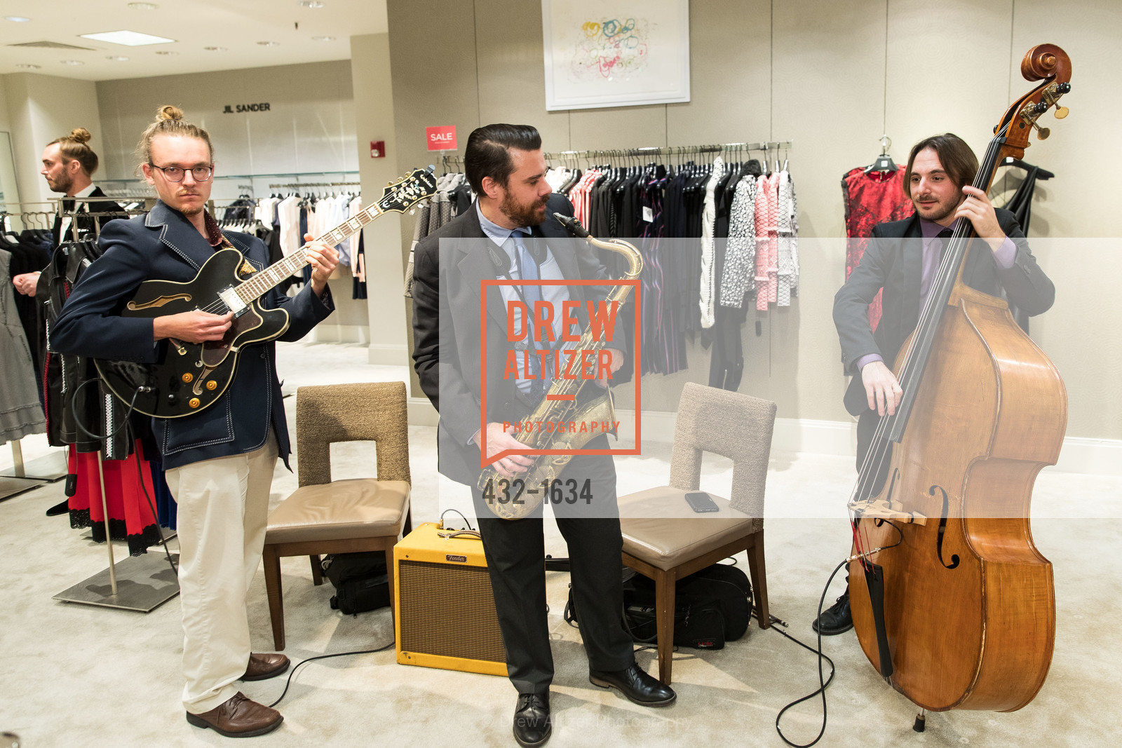 Performance, Saks Fifth Avenue Private Shopping Night, Saks Fifth Avenue. 384 Post St, December 7th, 2016