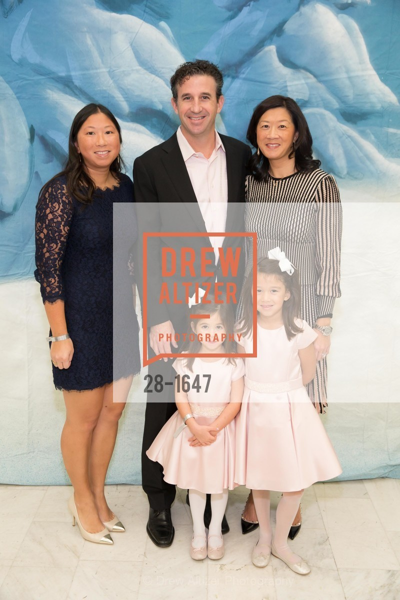 Scott Connors, Christine Leong Connors, Charlotte Leong Connors, Caroline Leong Connors, Photo #28-1647
