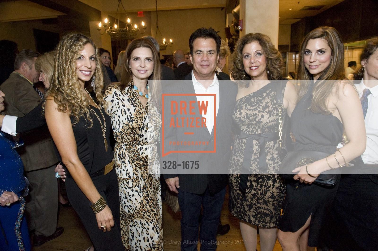 Dina Gardner, Cory Lerios, Andrea Gardner, Marilyn Spero, Photo #328-1675
