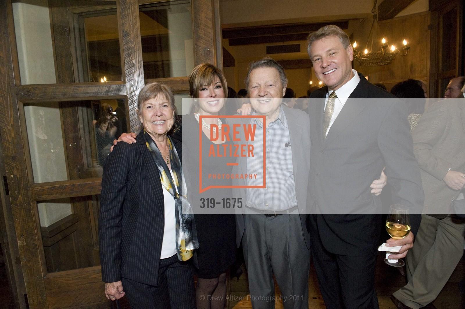 Peggy Jo Gundunas, Vicki Liviakis, Louie Gundunas, Randy Fry, Photo #319-1675