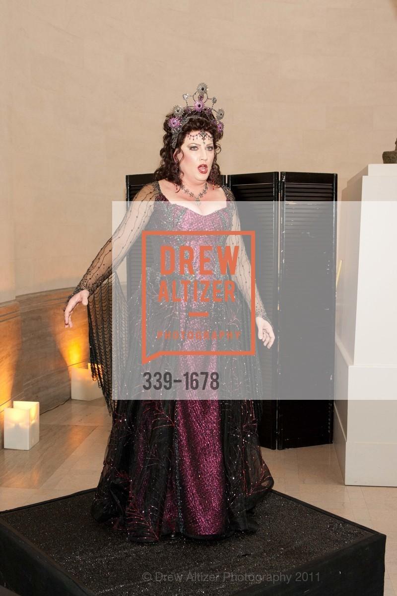 Performance By Kristin Clayton, Photo #339-1678