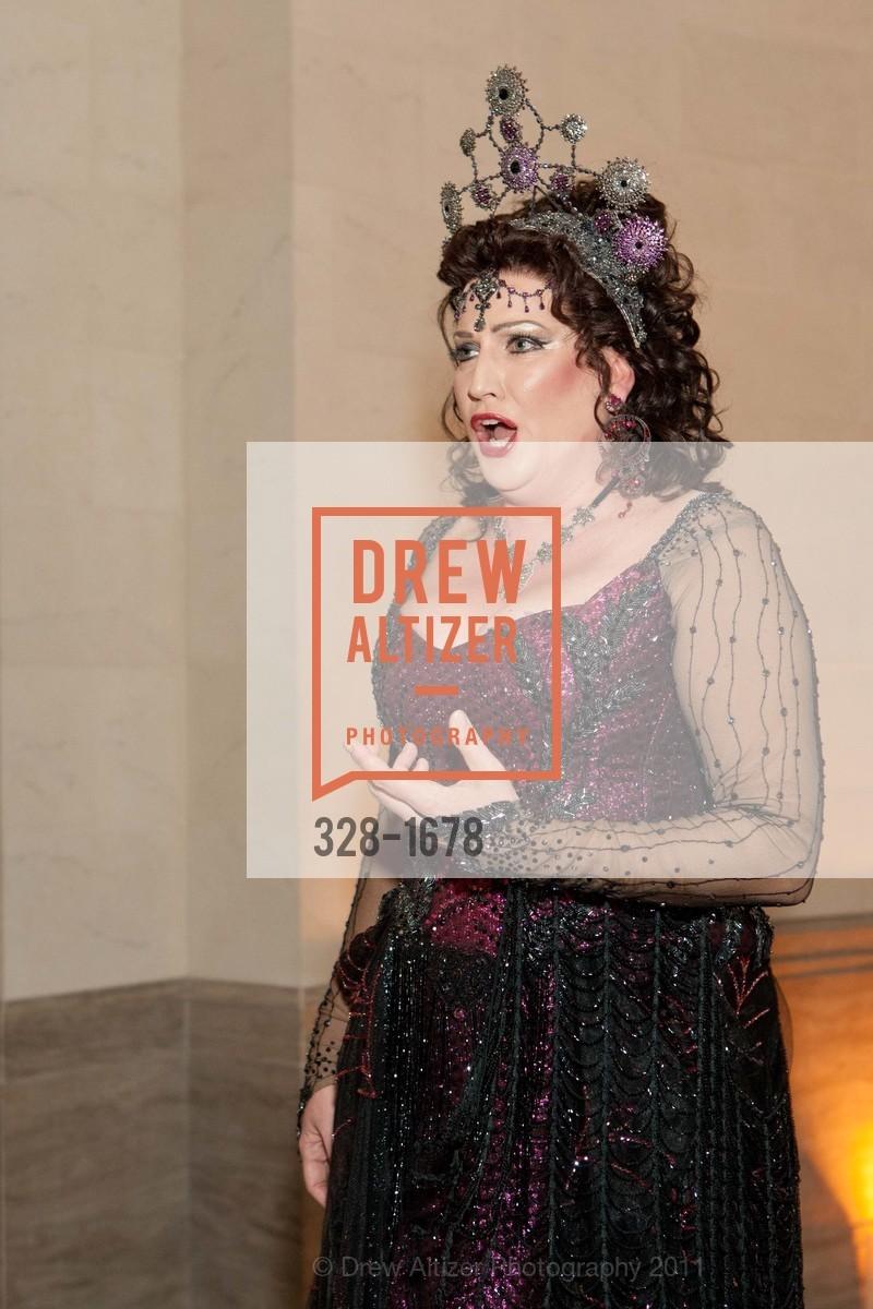 Performance By Kristin Clayton, Photo #328-1678