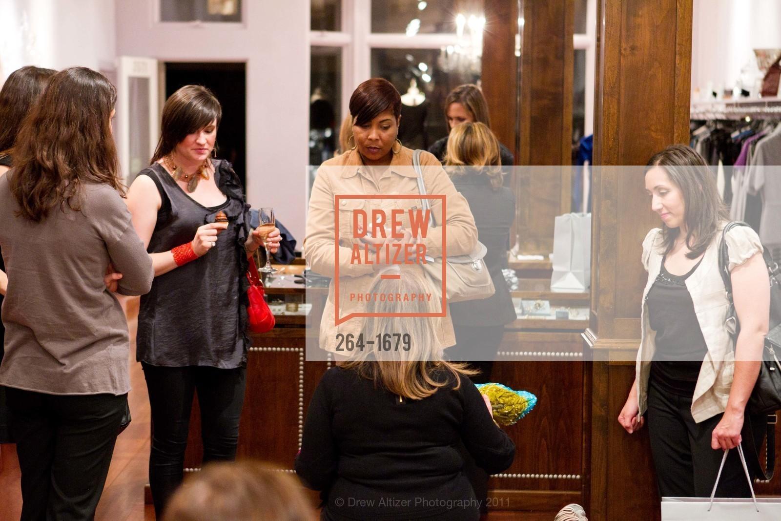 Poeina Suddarth, Debrine Moore, Heather Hoover, Photo #264-1679