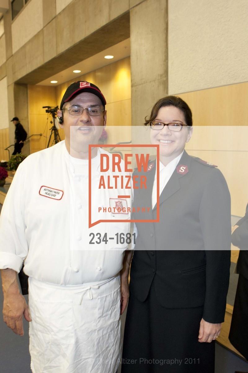 Anthony Pardi, Stacy Birks, Photo #234-1681